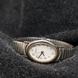 Timex K1 Oval Face SS band
